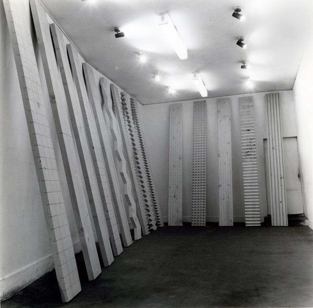 Susumu Koshimizu - From Surface to Surface - 1971, legno.