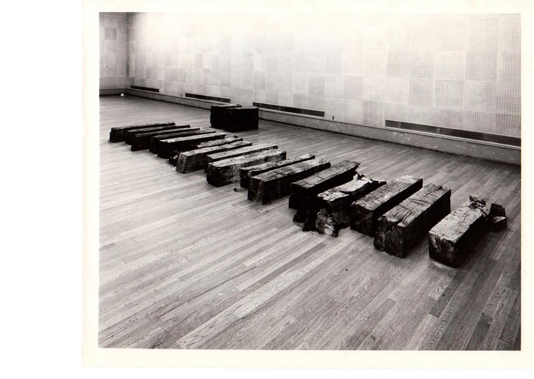 Katsuhiko Narita, 10th Tokyo Biennale '70 - Between Man and Matter - Metropolitan Art Museum, Tokyo 1970. Foto di Shigeo Anzaï.
